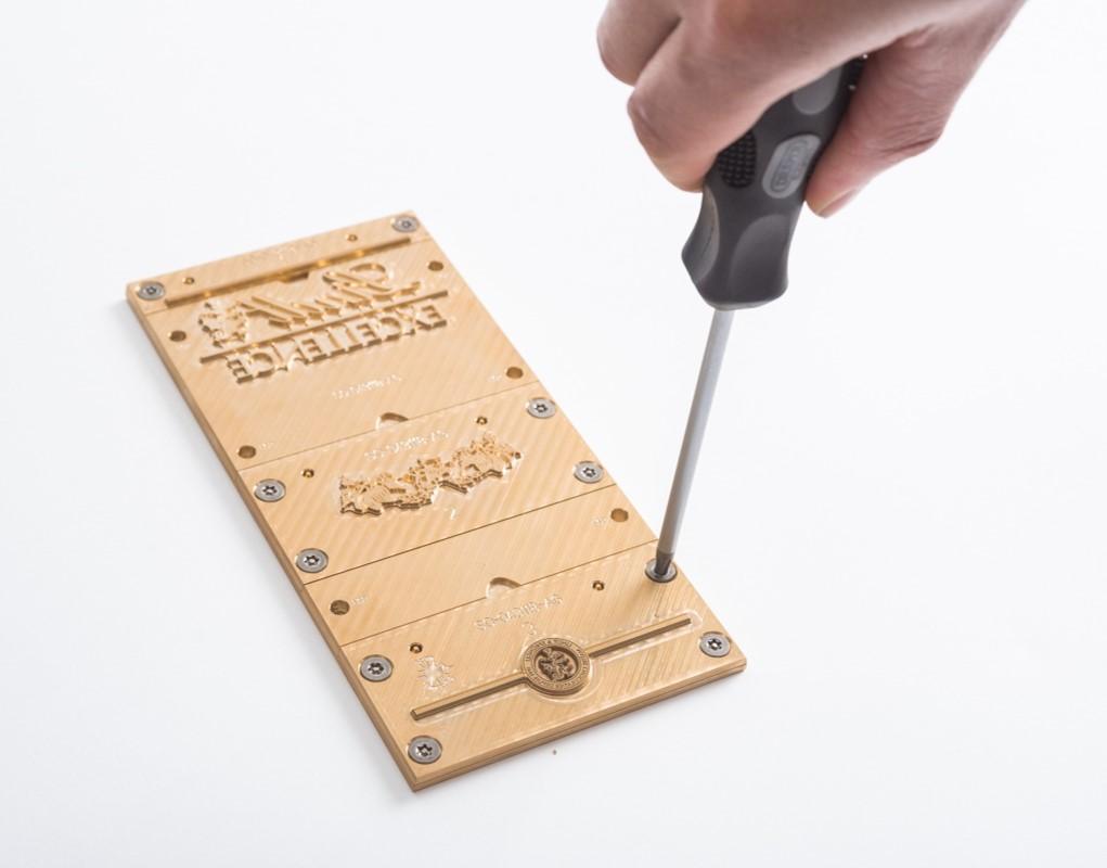 Flat Format Engraving